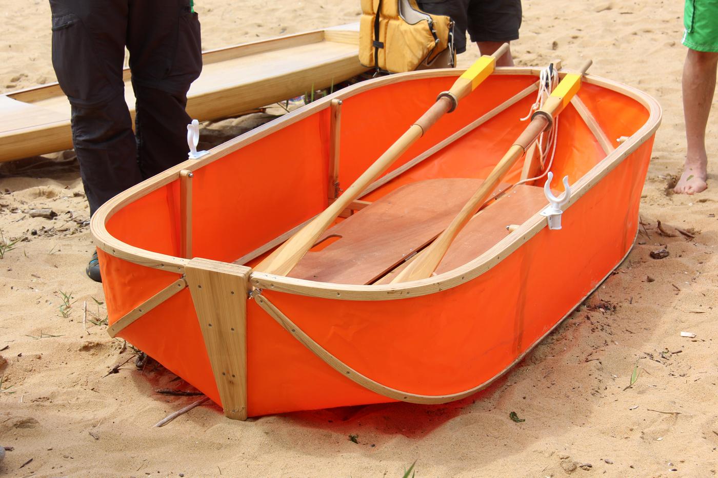 Scott Knapp's Fliptail folding boat